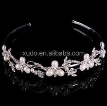 Factory directly sale and handmade full fashion crystal wedding pearl tiara and <strong>crown</strong> for sale