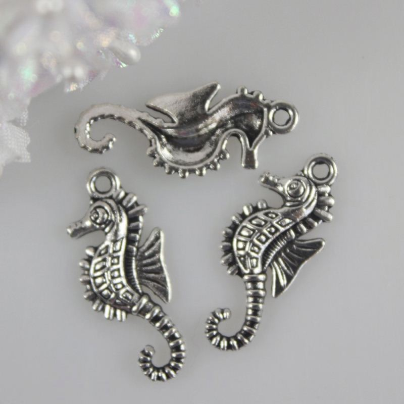 15*12MM Antique Silver Butterfly Charms Antique Tibetan Silver Metal Butterfly Pendants Charms Jewelry Findings Craft Supplier