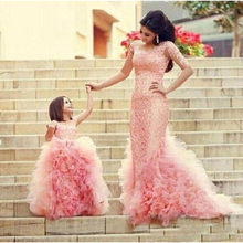 2018 Gorgeous Mother And Daughter Prom Dresses Pink Mermaid Long Sleeves Evening Gowns With Luxury Skirt