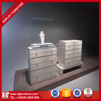 Retail Popular Design Display Showcase Glass Wood Material for Jewelry Store