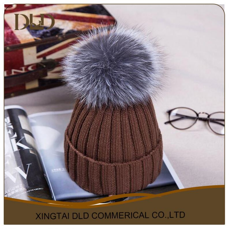 Woolen knitted Real Fur Bobble Hats Women Winter Caps 2015 New Girls Sex Fashion Hats Caps Apparel Accessories Skullies Beanies