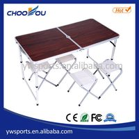 Design useful folding simple camping table