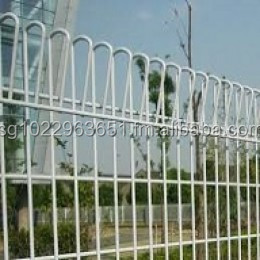 Galvanized BRC Roll Top Welded Fencing