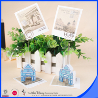 Yes shaped place card holder as wedding name card holder
