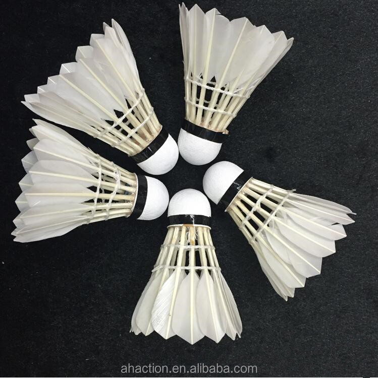 Excellent Quality China Export Shuttlecock Compound Wood Cheap Price Primary Training Shuttlecock