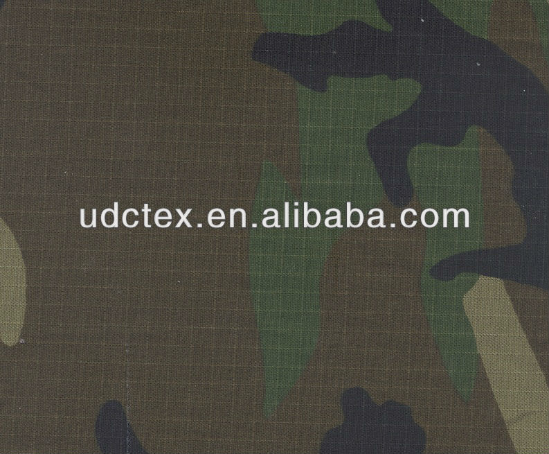 Poly cotton ripstop fabric for military use