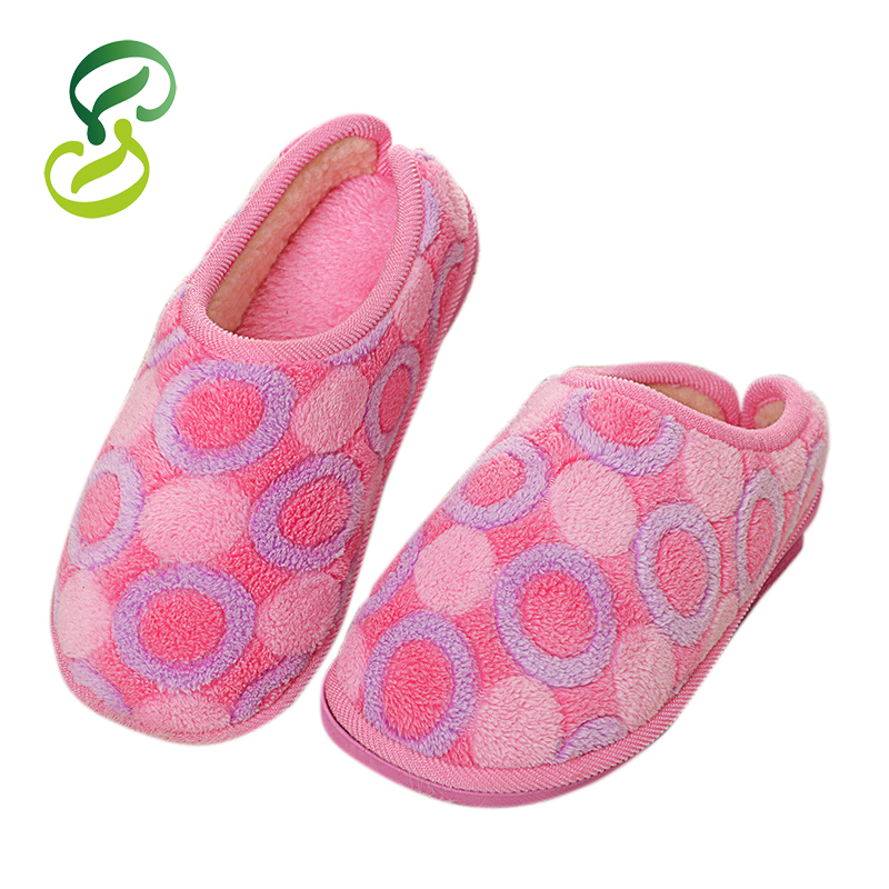 2015 Fashion Soft Sole Lovers Indoor Floor Slippers/Shoes Warm Pantufa Winter Home Slippers Shoes Women chinelo