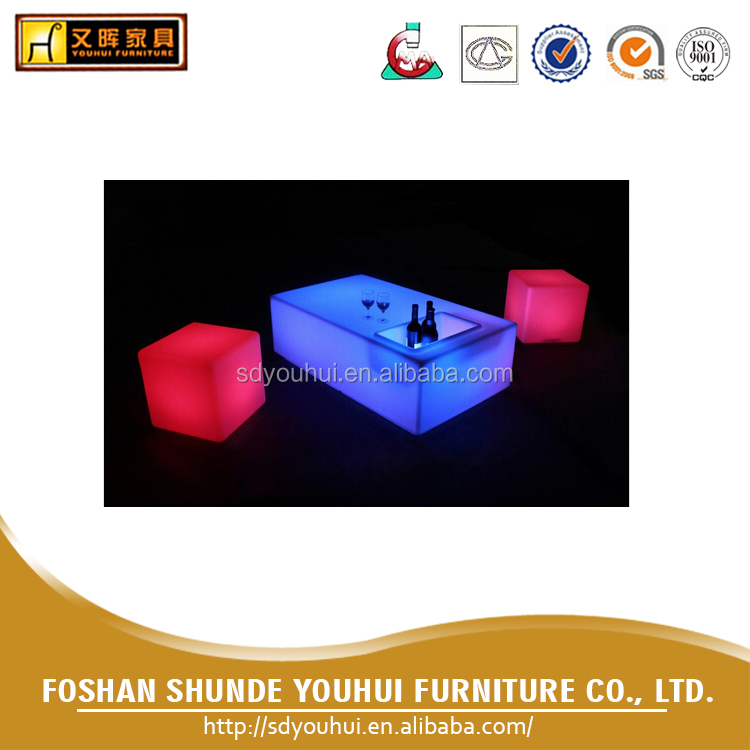 Rechargeable RGB lights bar furniture LED table / 16 color changing led bar table