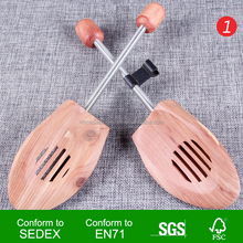 wholesale Walmart Factory Audit American Wooden red Cedar Shoe Tree shoe stretcher simple spring shoe tree for man and woman