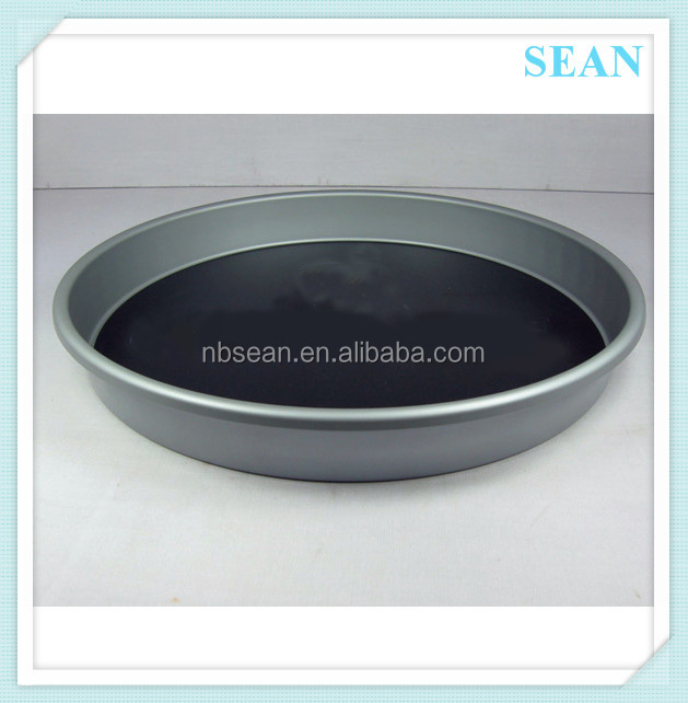 New design black serving non-slip tin plastic bar tray made in China