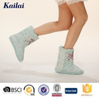 Fashion and cheap sexy faux suede woman half covers snow boot for girl shoe