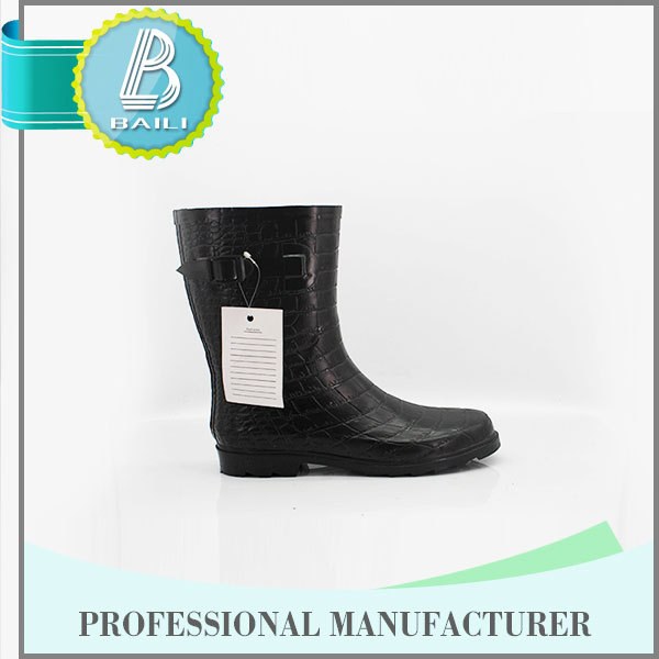 Best selling 10 Years experience Environmental Cheap boots motorcycle