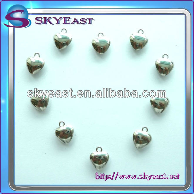 Specialized High Polished Shiny Heart Shape Metal Charms Pendants
