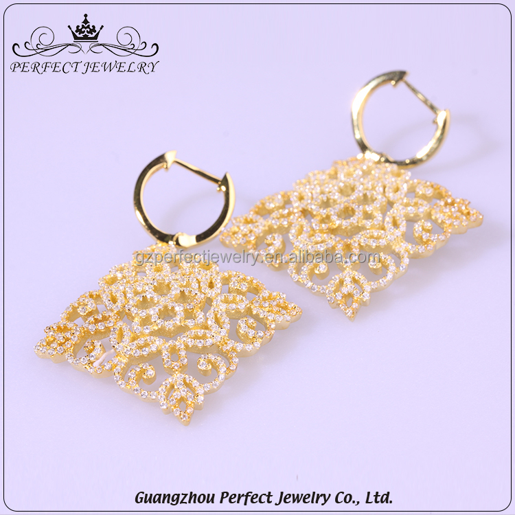 Latest Design Vogue Fashion Fancy Style Charm Diamond Silver Jewelry Girl Earrings For Gift
