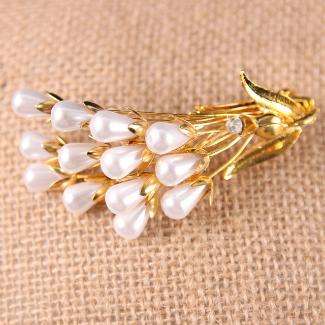 White Crystal decorated Gold metal Bridal Accessories Wedding Jewelry Hair Claw Clip
