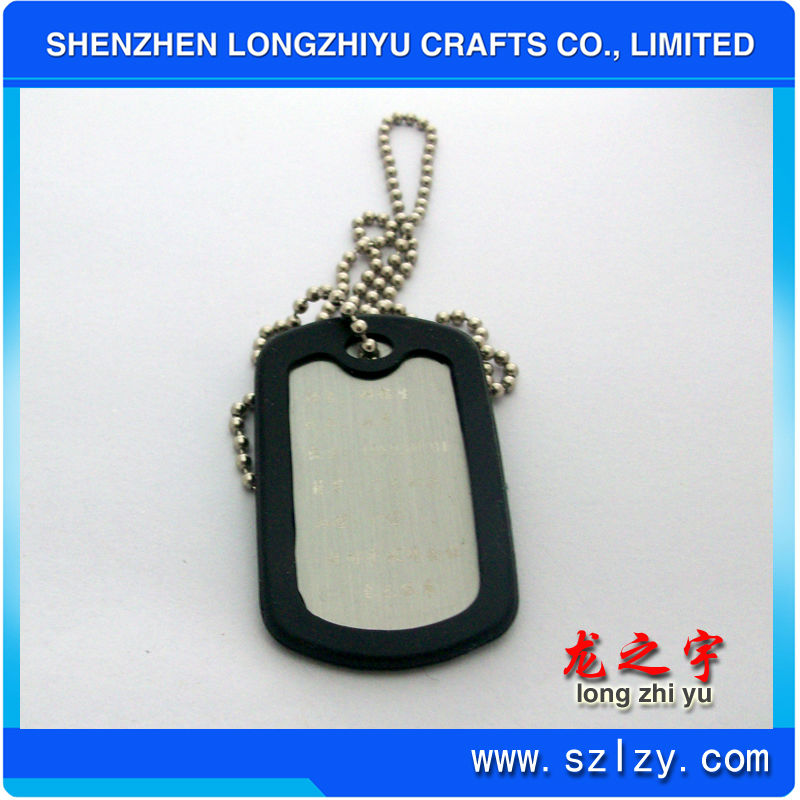 Lovely customised silicone dog tag with QR code, cute cheap silicone bone qr code pet ID tag
