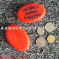 Rubber oval coin holder