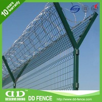 High Security Razor Wire Fencing / Welded Airport Fence Manufacturer / Black Airport Fence
