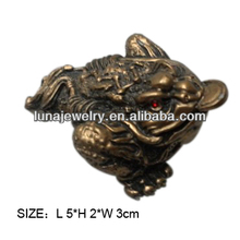 Fabulous Hong Tze Collection feng shui money frog,money frog with small size