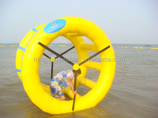 New design popular PVC inflatable water wheel roller/inflatable rolling water ball M7002