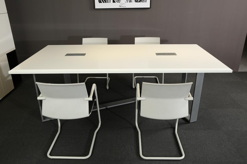 White Modern Style Office Furniture Meeting Desk