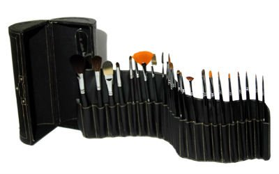 Easy-Carry Round Vanity Brush Kit