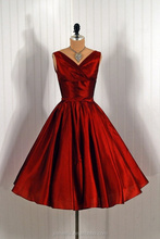 1950's Vintage Satin Knee Length Burgundy Short Prom Dress