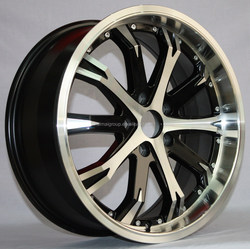 big chrome wheel rim with black spokes| car alloy wheels