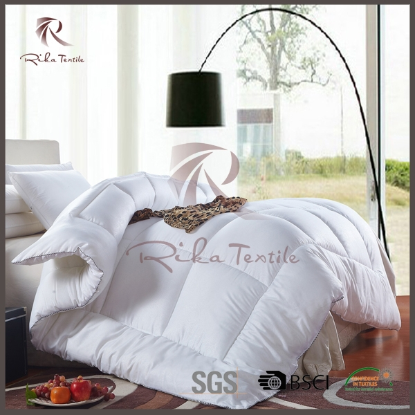 Wholesale price comforters, hollow fiber polyfill hotel quilt
