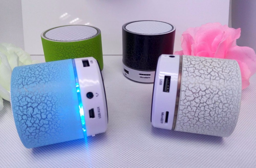 Hot selling 7 different color light bluetooth speaker light lamp for travel outdoor activities