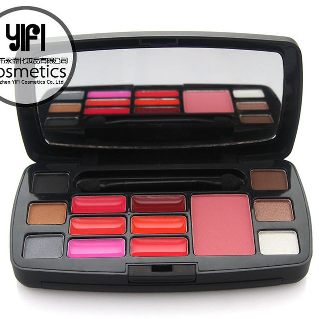 Wholesale cosmetics products YIFI 15 colors combination cheap makeup kit