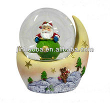 2014 new resin Christmas santa claus statue snow globes