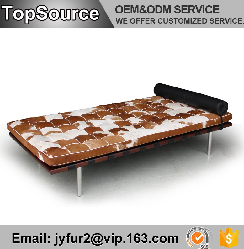 Foshan High End Furniture Classic Cowhide Barcelona Sofa Beds