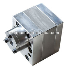 Small gear pump for mini extruder