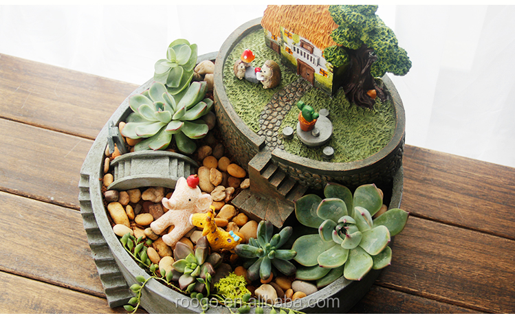 2016 New Creative Round Resin Fairy Tale Flower Pot Unique Mini House Planter Succulent Garden Box Decoration