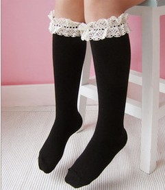 F70027N In the spring and autumn period and the new critical model of pure color lace cute socks
