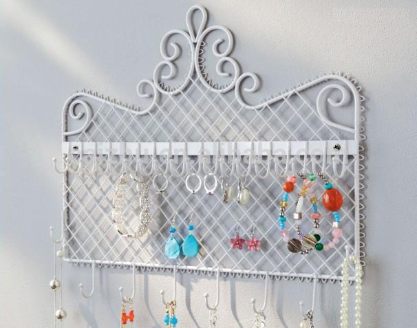 Wall Mounted Metal Jewel display rack, decorations Holder