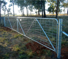Anping China wholesale steel welded mesh farm gates/hot dipped galvanized