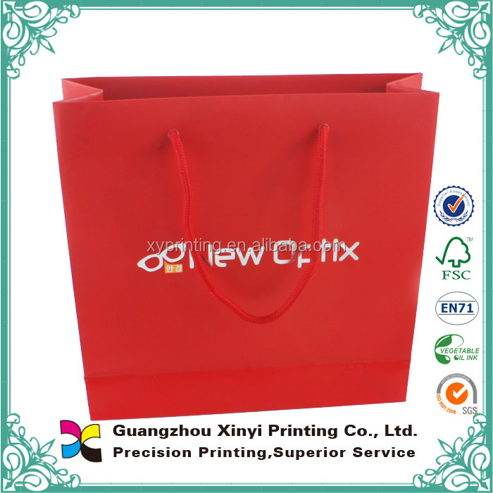 Full color red silver hot stamping promotional paper carry bag with cotton ropes