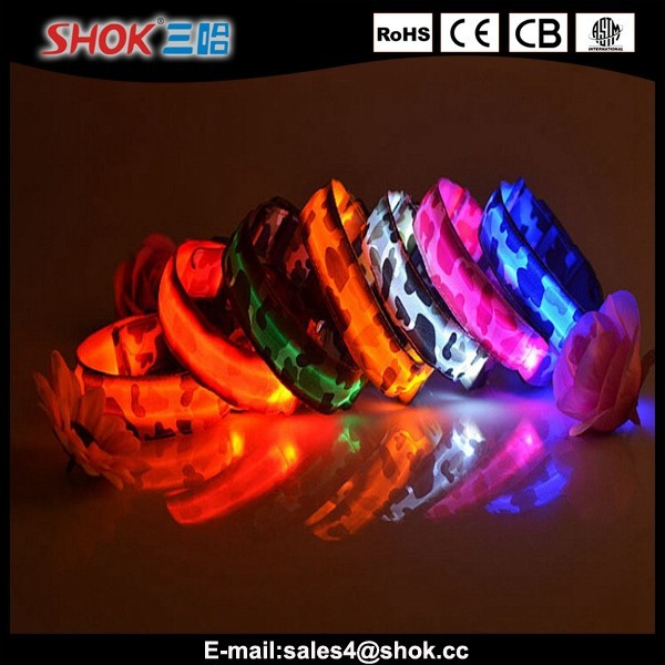 Personalized Nylon flashing LED pet collar for pet shop made in China