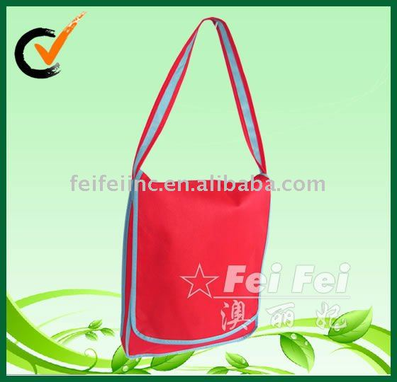Non-woven red satchels shoulder school bag