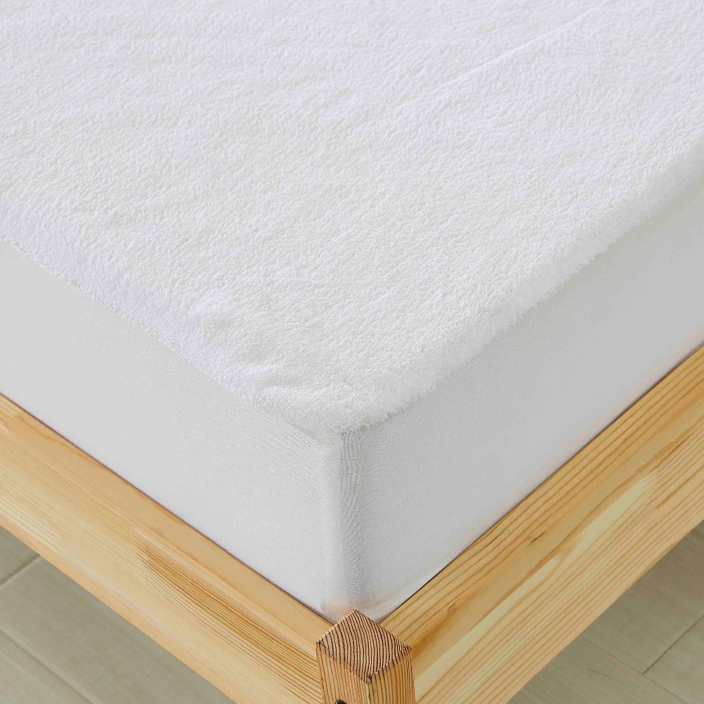 Hot sales! Washable and Durable 230GSM Coral Fleece Mattress Topper Fitted Waterproof Mattress Protector Cover