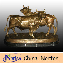 Bronze Bull Carved Gold Bull Bronze Statues Anniversary Decoration NTBH-B079R