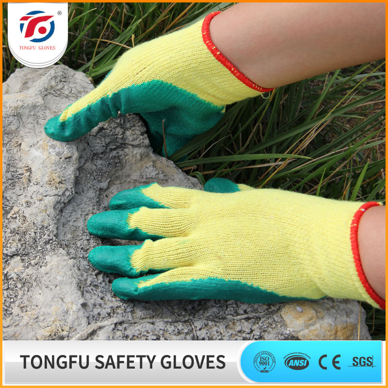 Natural rubber palm coated safety working construction gloves with free samples
