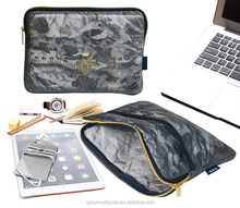 Gray Camo Pattern Tyvek Paper Zipper Portfolio With Pocket For iPad & Tablets 10""