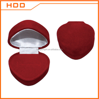 hot sales red heart shaped velvet flocking ring jewelry box