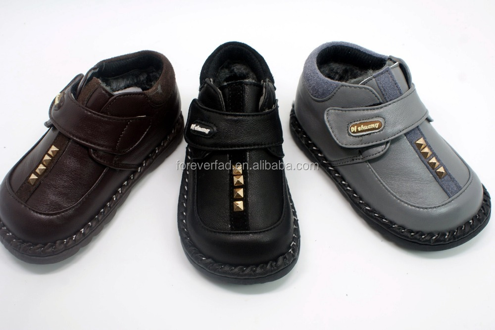 Wholesale Antiskid Five Finger Baby Shoe SandalsLeather Students' Shoes Unisex for kid