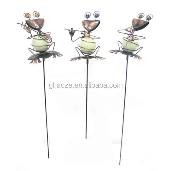 Garden Frog With Glow In The Dark Ball Metal Frog Garden Art Factory