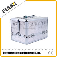 Hot Sale Attractive White Aluminum Cosmetic Case with Trays