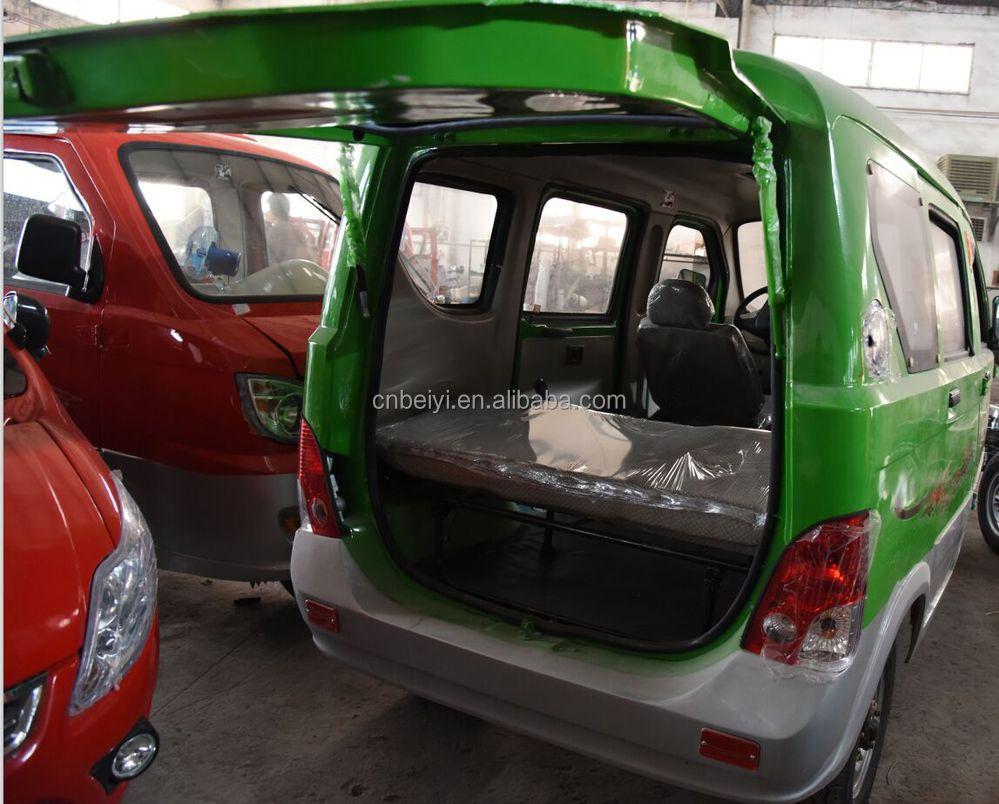 2015 new energy water cooled hot sale passenger tuk tuk three wheel bajaj with CCC certificate